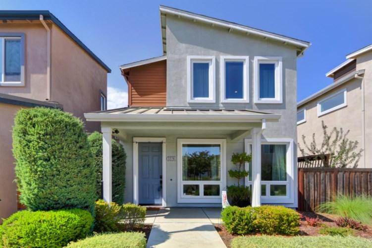3228 Koso Terrace, Davis, CA 95618