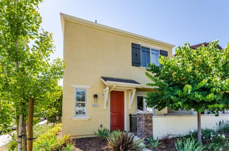 2689 Cleat Lane  #38A, Sacramento, CA 95818
