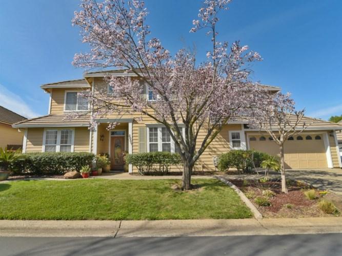 8004 Auburn Oaks Village Ln, Citrus Heights, CA 95610