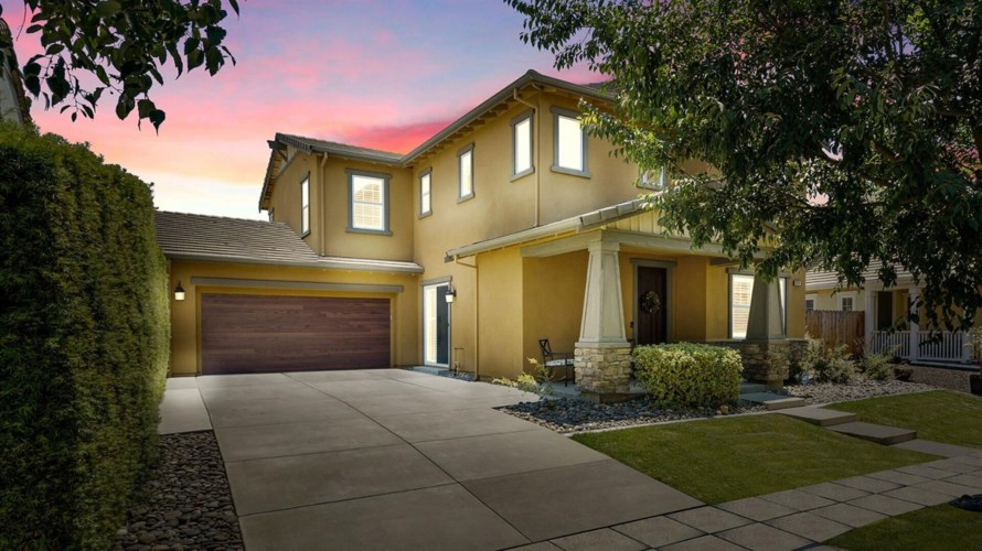 924 N Bramasole Avenue, Mountain House, CA 95391