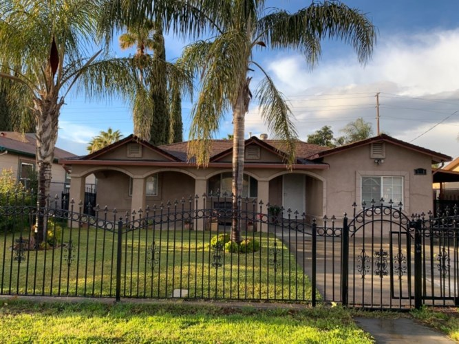 2341 E 9th Street, Stockton, CA 95206