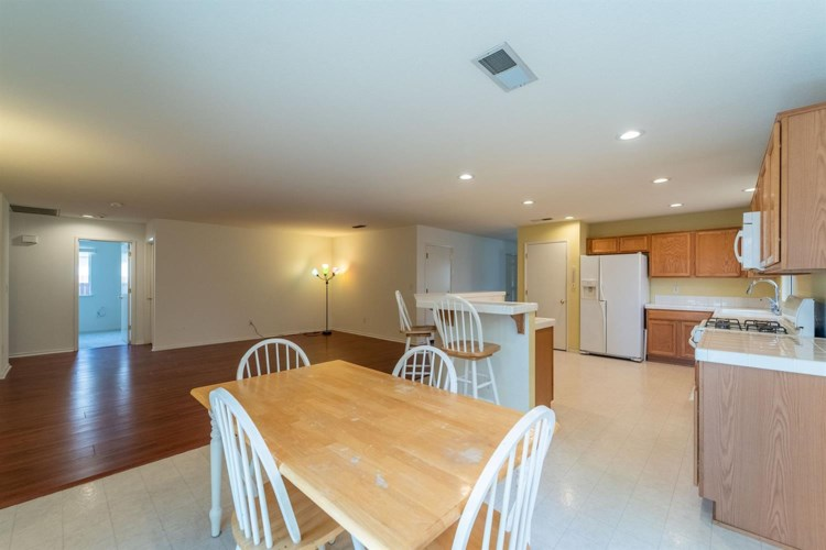1120 Yellowhammer Drive, Patterson, CA 95363