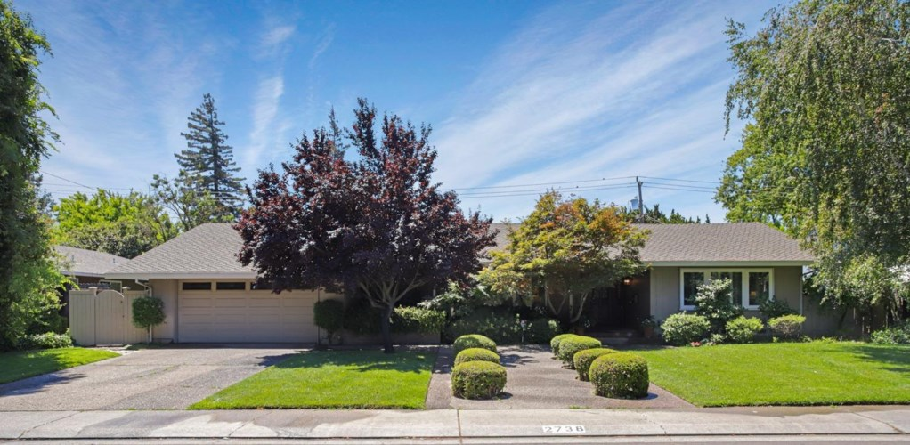 2738 W Benjamin Holt Drive, Stockton, CA 95207