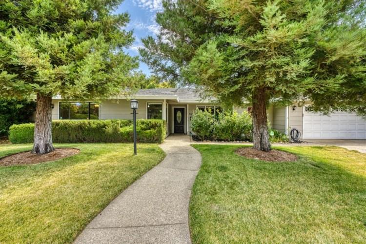 7025 Greenhaven Drive, Sacramento, CA 95831