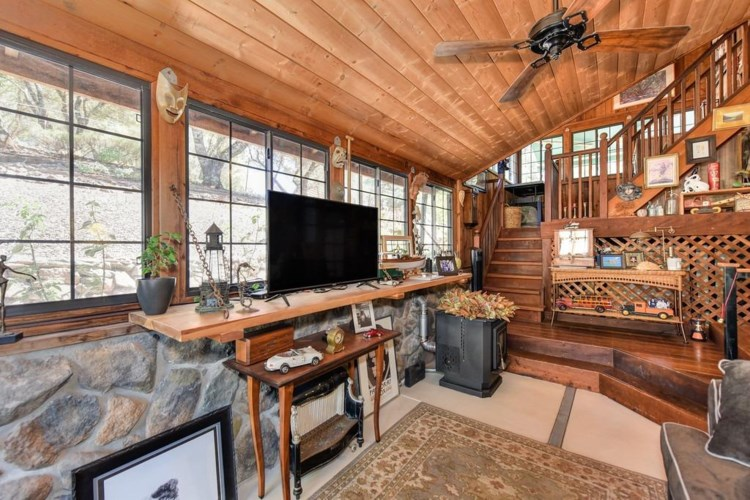 1621 Rusty Nail Lane, Placerville, CA 95667