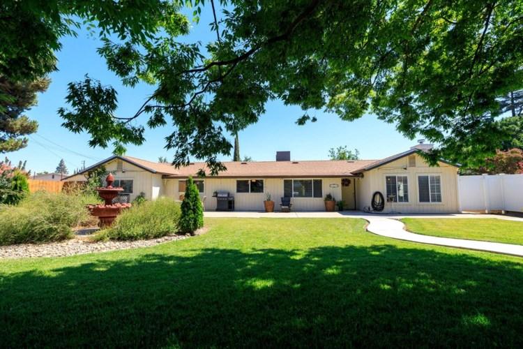 1119 Maple Drive, Oakdale, CA 95361