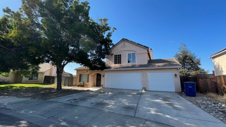 1444 Pintail Circle, Los Banos, CA 93635