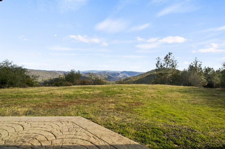 337 Red Tape Road, Oroville, CA 95965