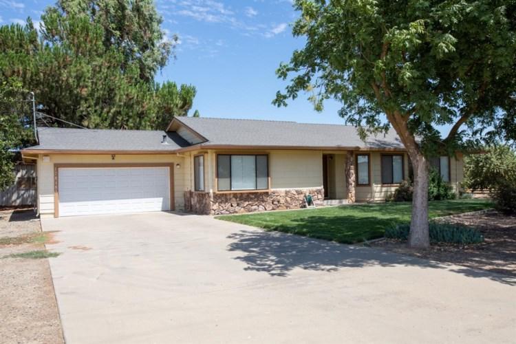 17848 Sycamore Avenue, Patterson, CA 95363