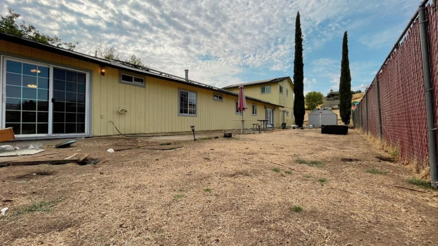 4086 Lakeview Drive, Ione, CA 95640