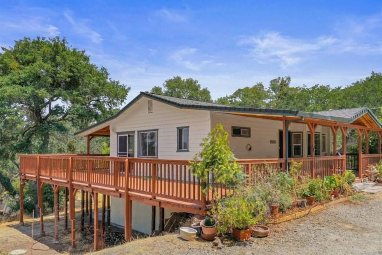 6160 Baldwin Street, Valley Springs, CA 95252