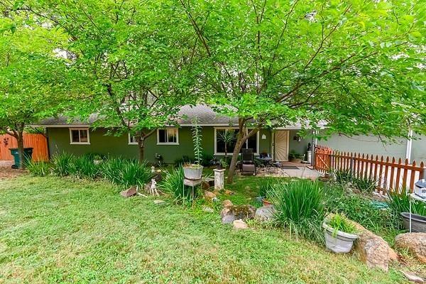 17643 Alexandra Way, Grass Valley, CA 95949