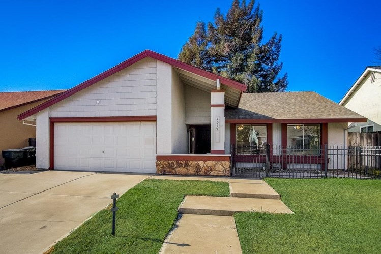 3917 Sitting Bull Way, Antelope, CA 95843