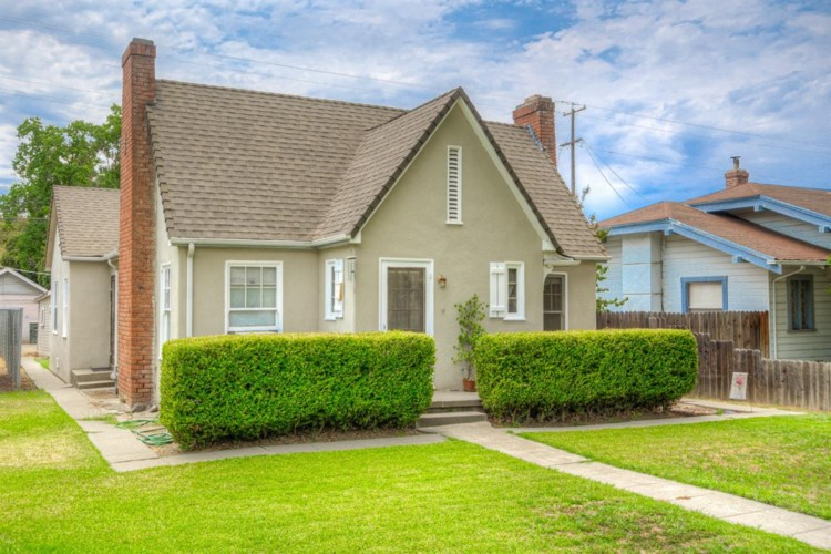 825 Oak Street, Colusa, CA 95932