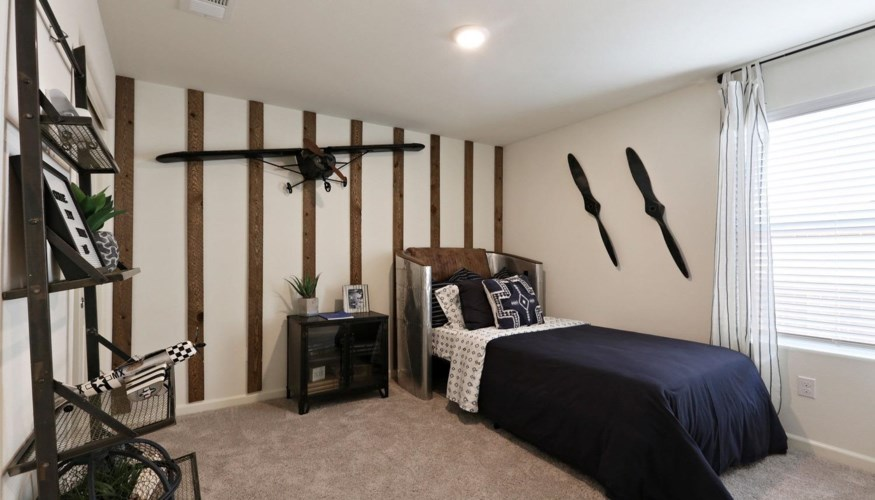2009 Giannone Court  #214, Los Banos, CA 93635