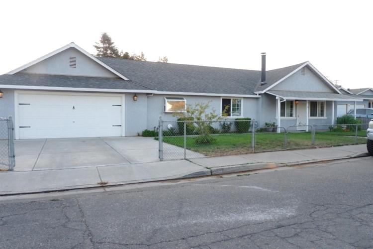 516 C Street, Waterford, CA 95386