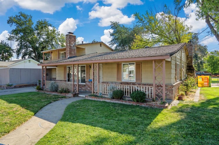 37 Grand Avenue, Woodland, CA 95695