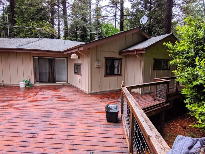 12191 Loma Rica Drive, Grass Valley, CA 95945