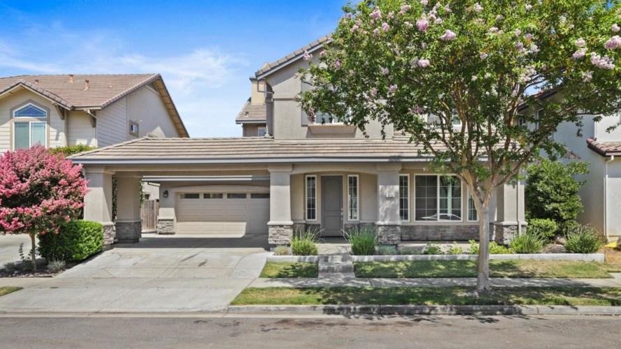 613 Stetson Drive, Oakdale, CA 95361