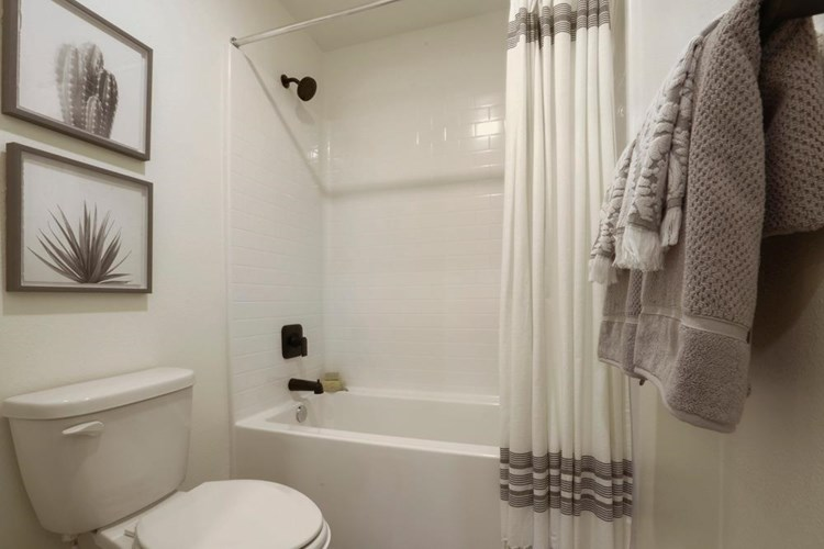 1948 Truckee Drive  #22, Atwater, CA 95301