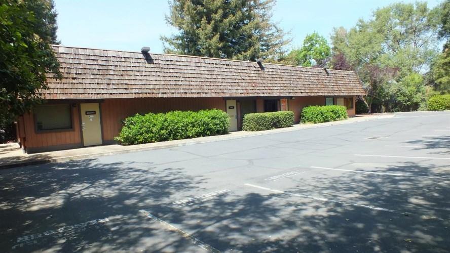 3504 Walnut Avenue, Carmichael, CA 95608