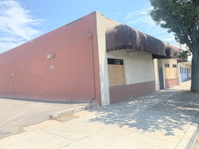 1414 9th Street, Modesto, CA 95354