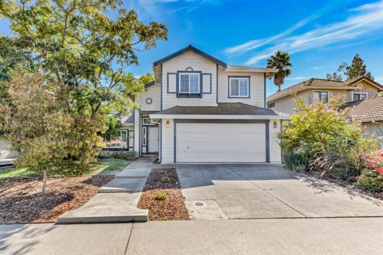 9360 Soaring Oaks Drive, Elk Grove, CA 95758