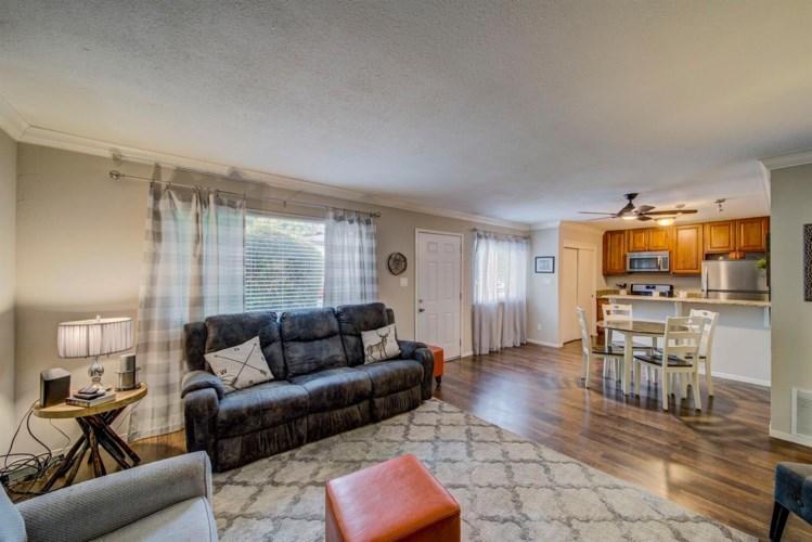 275 Sharp Circle  #1, Roseville, CA 95678