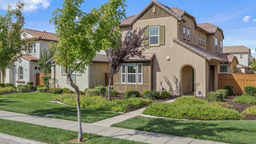 277 W Saint Francis Avenue, Mountain House, CA 95391