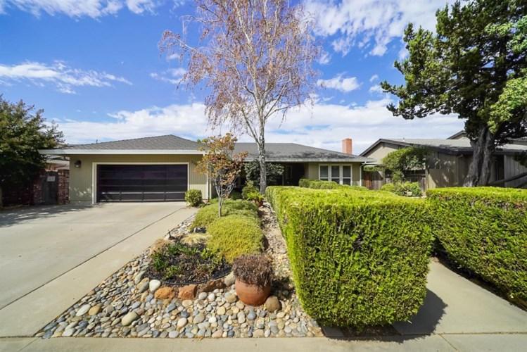 1105 Springcreek Drive, Modesto, CA 95355