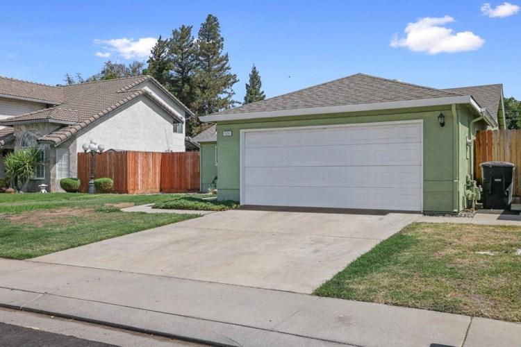520 Blue Canyon Drive, Modesto, CA 95354