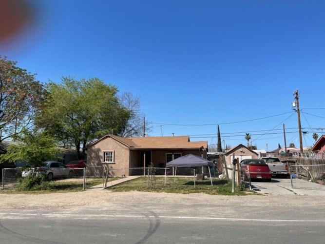 913 Parklawn Avenue, Modesto, CA 95358