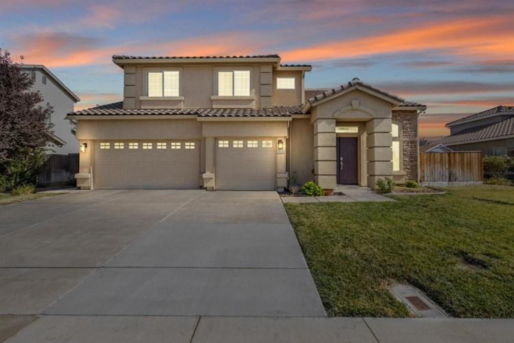 29335 W Centinella Drive, Gustine, CA 95322