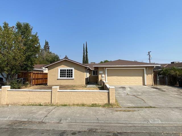 7549 Lemarsh Way, Sacramento, CA 95822