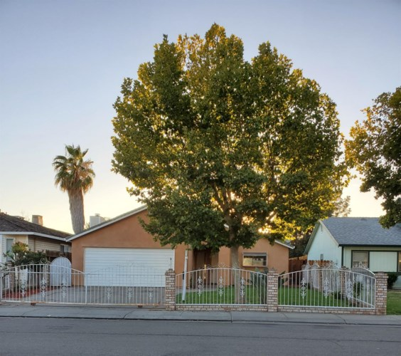 7017 Sharkon Lane, Stockton, CA 95210