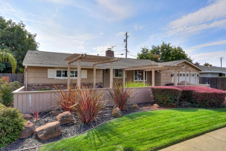 2636 La Mesa Way, Sacramento, CA 95825
