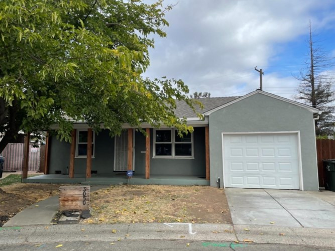 3050 Saint Joseph Drive, Sacramento, CA 95820