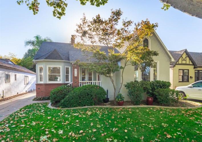 2719 Land Park Drive, Sacramento, CA 95818