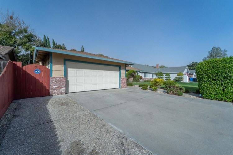 1453 Timber Lane, Manteca, CA 95336