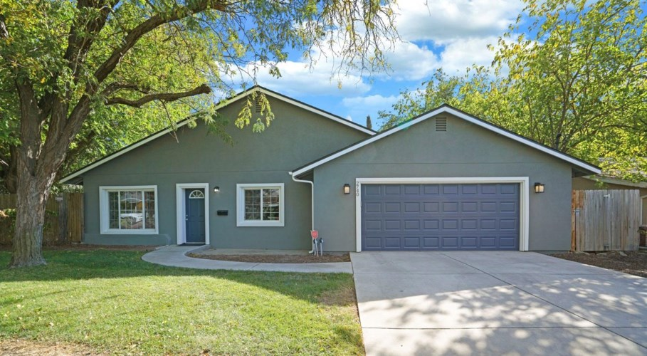 2740 Maison Way, Sacramento, CA 95864