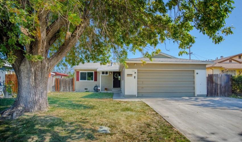 12 Mariposa Street, Woodland, CA 95695