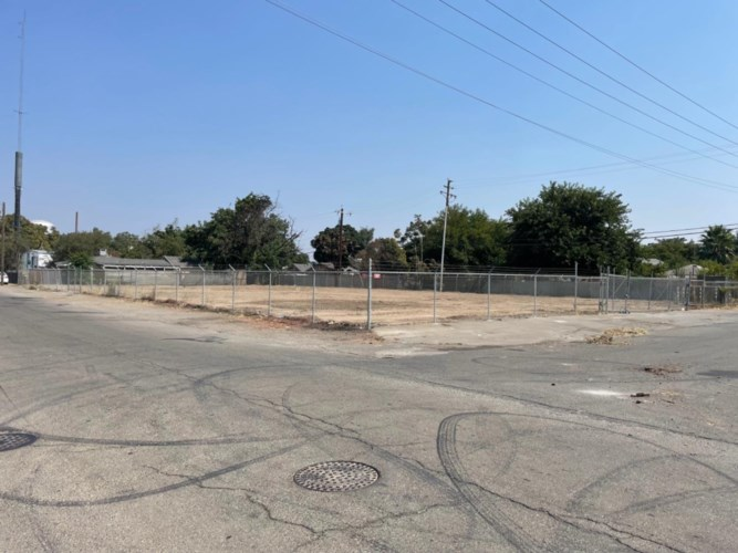 36 N D Street, Stockton, CA 95205