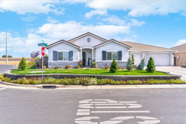 1019 Jadeston Way, Plumas Lake, CA 95961