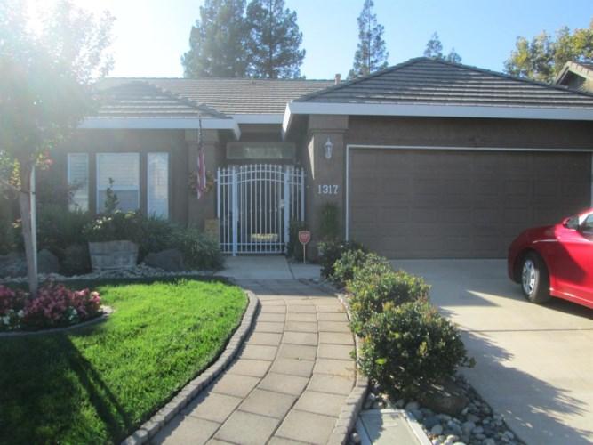 1317 S Mills Avenue, Lodi, CA 95242