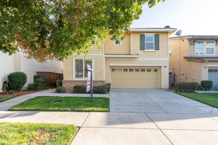 3696 Whitehaven Avenue, Ceres, CA 95307