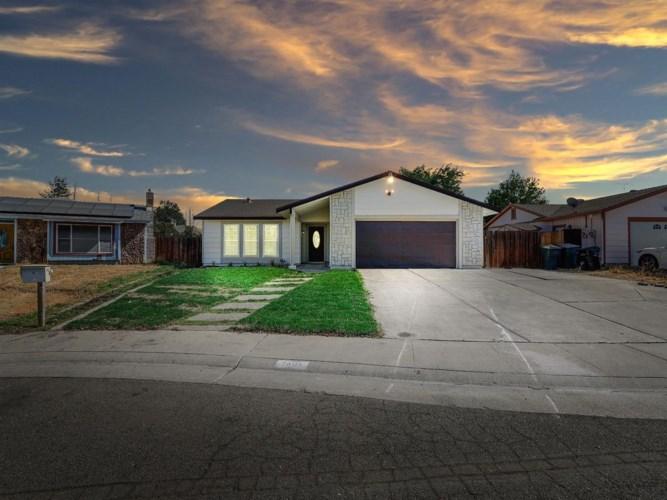 7608 Darla Way, Sacramento, CA 95828