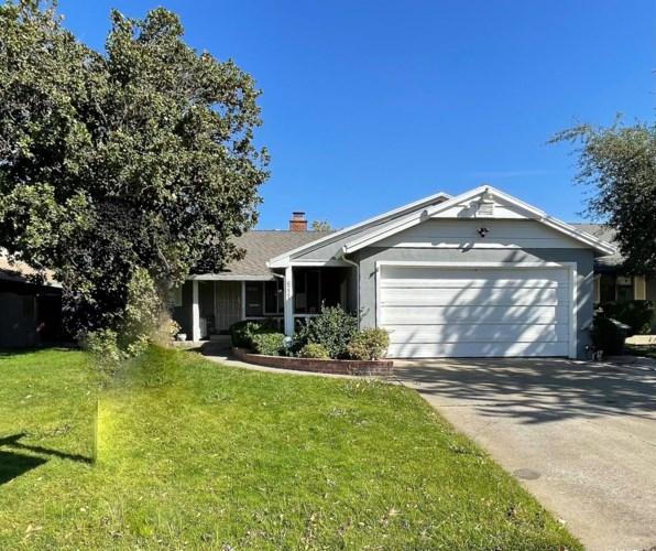 6221 Laurine Way, Sacramento, CA 95824