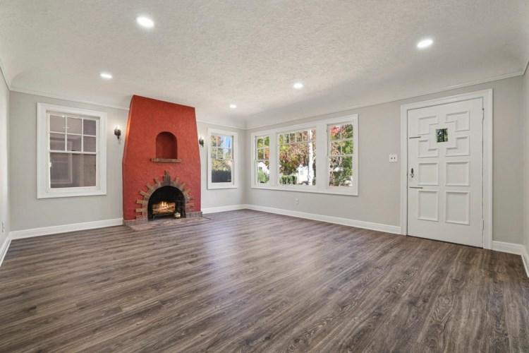 1835 Ramona Avenue, Stockton, CA 95204