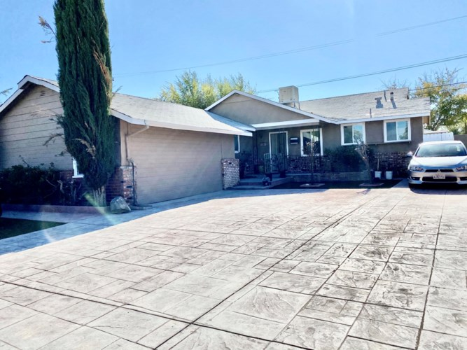 45445 Leatherwood, Lancaster, CA 93534