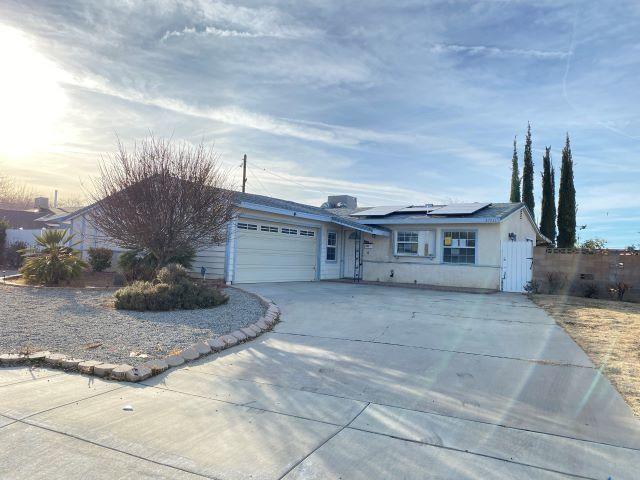 37931 Lasker, Palmdale, CA 93550